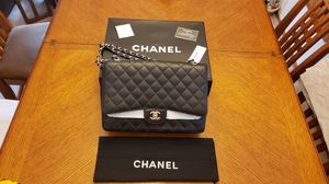 NWT MAXI Chanel Black Quilted Classic Flap Bag for Sale in Milwaukee, WI