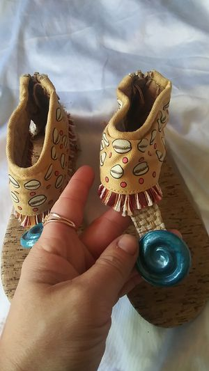 Disney Moana Sandals for Sale in Riverview, FL