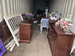 40ft container for sale just the stuff inside $400 dollars to much to list for Sale in Bunker Hill, WV