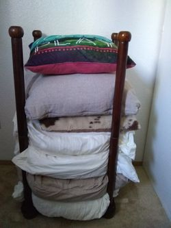 Pottery Barn pillow tower (pillows not included) for Sale in Seattle,  WA