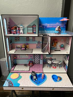 Doll house for Sale in Oakland, CA