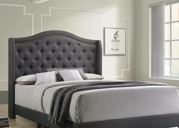 NEW MODERN GREY FABRIC QUEEN SIZE BED BUTTON NAILHEAD TRIM for Sale in King of Prussia,  PA