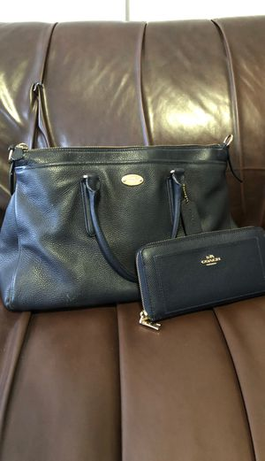 Coach bag and wallet for Sale in Bethlehem, PA
