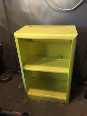 Small book shelf for Sale in League City, TX