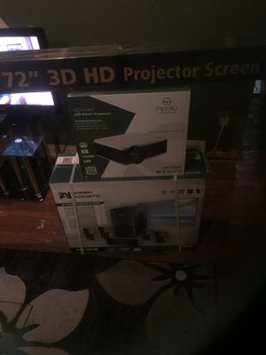 Movie projector with surround sound 1200 for Sale in Detroit, MI