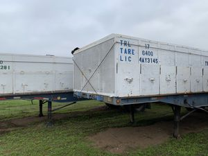 Utility and Fruehauf Flatbed Doubles Trailers with Juice Boxes for Sale in Reedley, CA