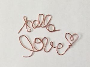 """Pink """"Hello Love"""" Wire Embellishment with Bonus """"&"""" for Sale in Canton, OH"""