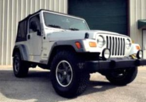 AUTOMATIC price$1200 Jeep Wrangler 2004 for Sale in Frederick, MD