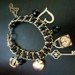 G By Guess Charm Braclet for Sale in Silver Spring,  MD