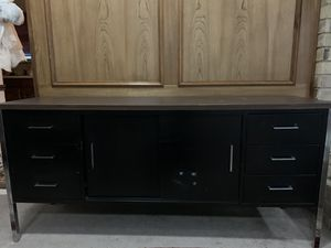 Metal desk good condition for Sale in Plano, TX