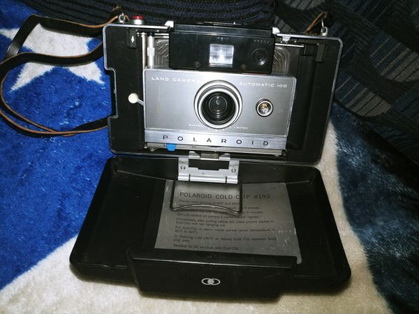 Vintage Poloroid Automatic 100 Camera