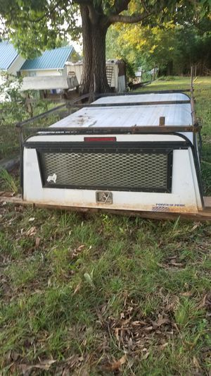 Camper top/shell with built in Toolbox for Sale in Alexander Mills, NC