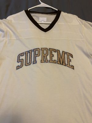 SUPREME baseball tee Men Size Large tan and Brown details Great Conditon for Sale in Old Westbury, NY