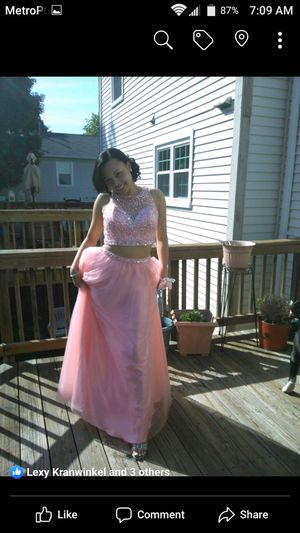 Light pink 2 piece dress for Sale in Germantown, MD