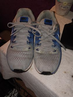 Nike Air Zoom Pegasus 34 Running White Blue Anthracite 880555-007 for Sale in Indianapolis,  IN