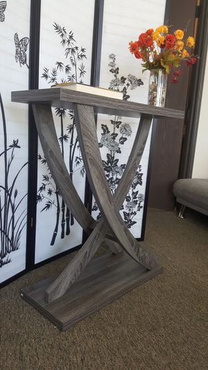 Leslie Crossing Legs Console Table, Distressed Grey Color for Sale in Fountain Valley, CA