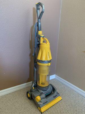 Dyson Vacuum Cleaner DC07 for Sale in Alafaya, FL