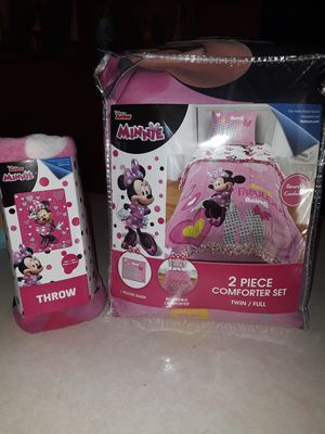 Minnie Comforter Set and Throw blanket for Sale in Phoenix, AZ