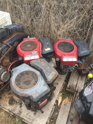 ((Parting out motors only)) riding lawn mower for Sale in Lakeland, FL