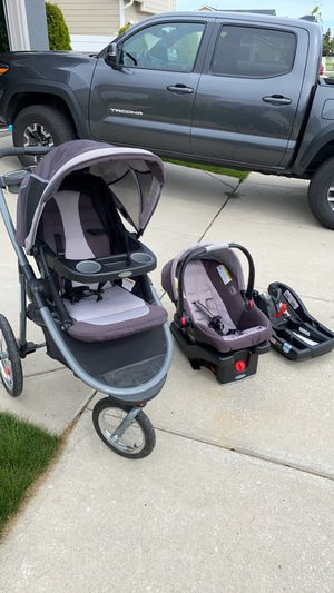 Graco Travel System for Sale in Cheney, WA