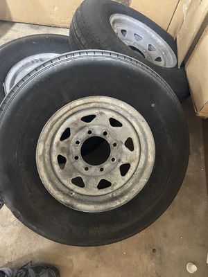 235/80 R16 used trailer tires 8 lug boat trailer for Sale in Miami, FL