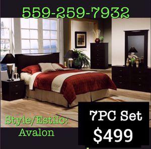 7pc Queen Bedroom set 💎 for Sale in Fresno, CA