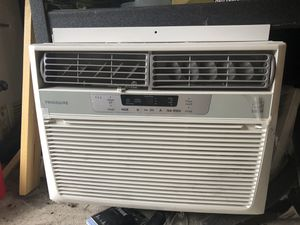 Frigidaire Window AC for Sale in Bothell, WA