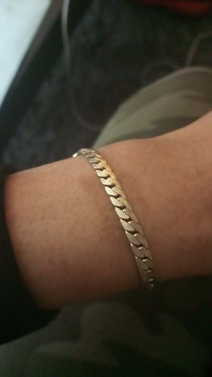 14k gold bracelet for Sale in Las Vegas, NV