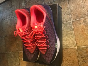 Under armour steph curry basketball shoes size 13 for Sale in Murfreesboro, TN