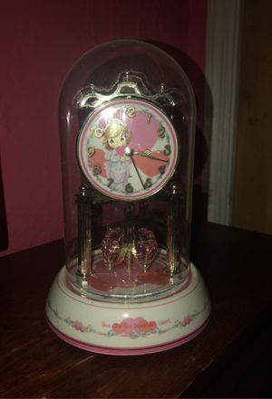 Glass Collectors Clock for Sale in Yonkers, NY