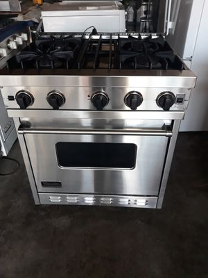 """VIKING PROFESSIONAL STOVE 30"""" STAINLESS STEEL for Sale in Hayward, CA"""