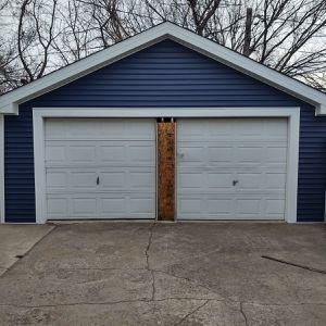 Garage Doors for Sale in Posen, IL