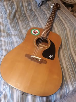 Epiphone full size acoustic guitar for Sale in Comstock Park, MI