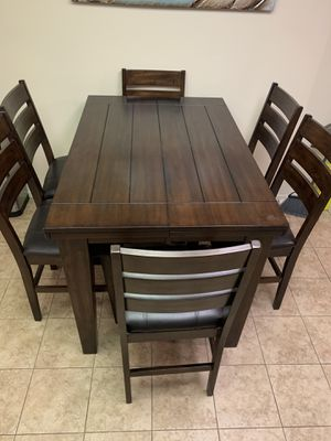 7 Piece Dining Set for Sale in DEVORE HGHTS, CA