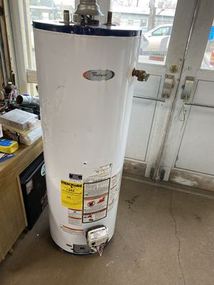 50 gallon gas water heater for Sale in Cleveland, OH
