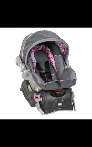 Brand new baby trend car seat for Sale in Fresno, CA