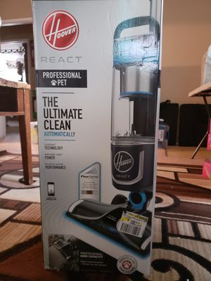 Hoover react Professional Pet Bagless Upright vacuum for Sale in Lemon Grove, CA