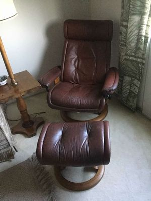 reclining lounge chair leather for Sale in San Diego, CA