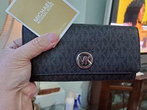 Michael Kors Wallet for Sale in Spanaway, WA