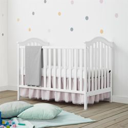Adelyn Baby crib for Sale in Prineville,  OR