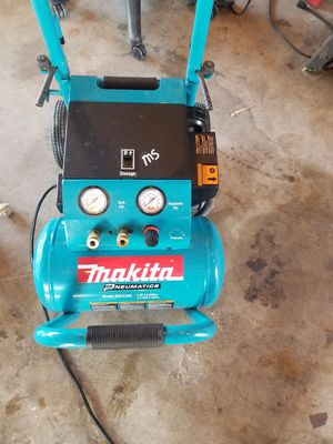 Makita Air Compressor for Sale in Brentwood, CA