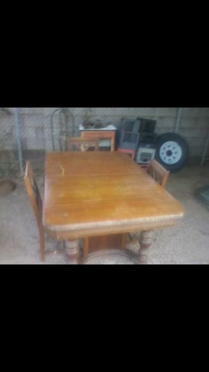 older kitchen table and chairs for Sale in Phoenix, AZ
