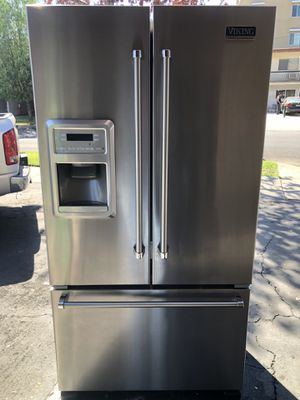 Beautiful 36'viking Bottom Freezer Fridge For Sale for Sale in Los Angeles, CA