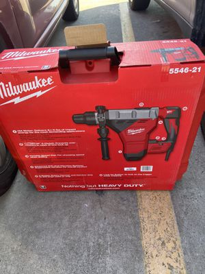 Milwaukee 5426-21 1-3/4 in. SDS-Max Rotary Hammer NEW $450 for Sale in Houston, TX
