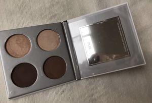 Pür eyeshadow palette for Sale in Fullerton, CA