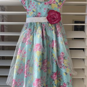 Holiday Gift Favor- Nannette Girl Flower Dress Size 4.-Very Good Condition for Sale in Mountain View, CA