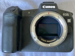 EOS R Camera body only for Sale in Newcastle, WA