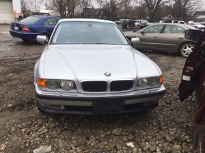 Parting out 2000 BMW 740. for Sale in Bay City, MI