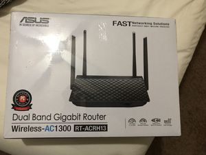 ASUS Dual-Band 2x2 AC1300 Super-Fast Wifi 4-port Gigabit Router with MU-MIMO and USB 3.0 (RT-ACRH13) for Sale in Long Beach, CA