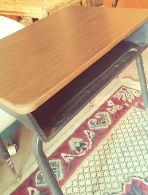 Kiids school desk for Sale in Bakersfield, CA